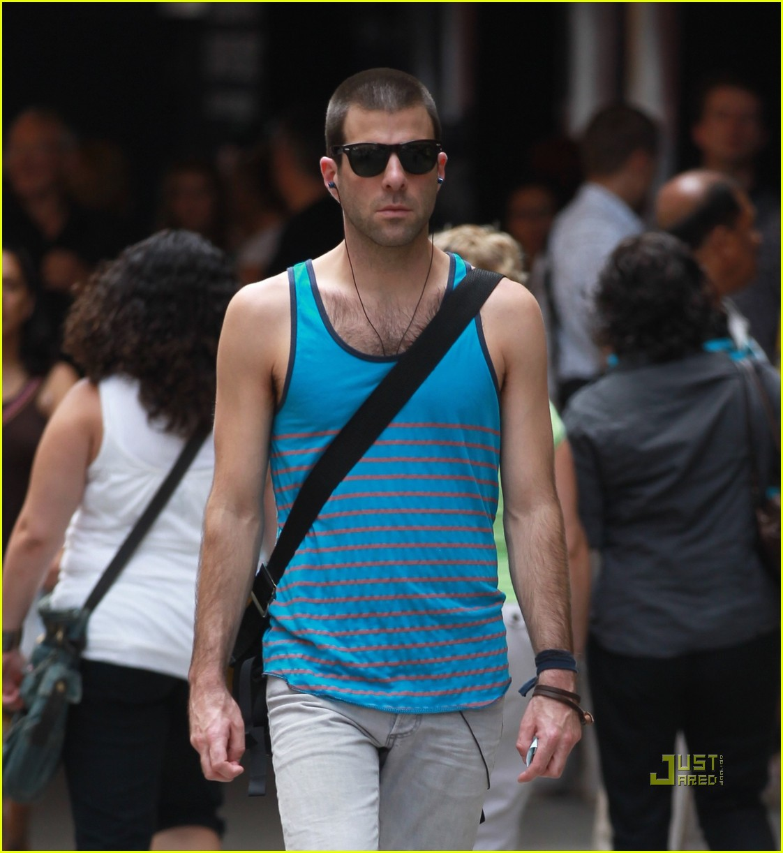 zachary quinto shaved head 032468066