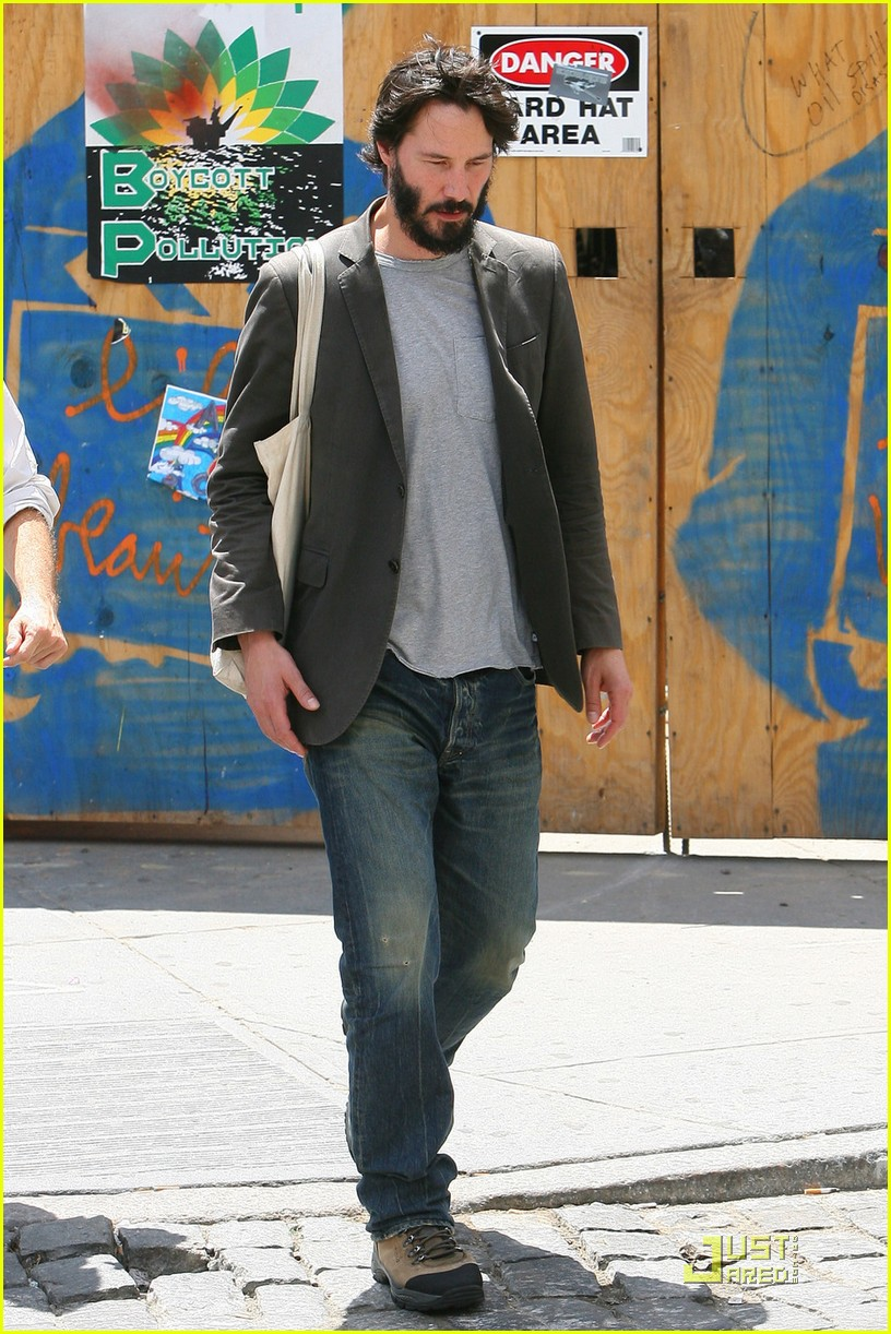 keanu reeves still sad 05