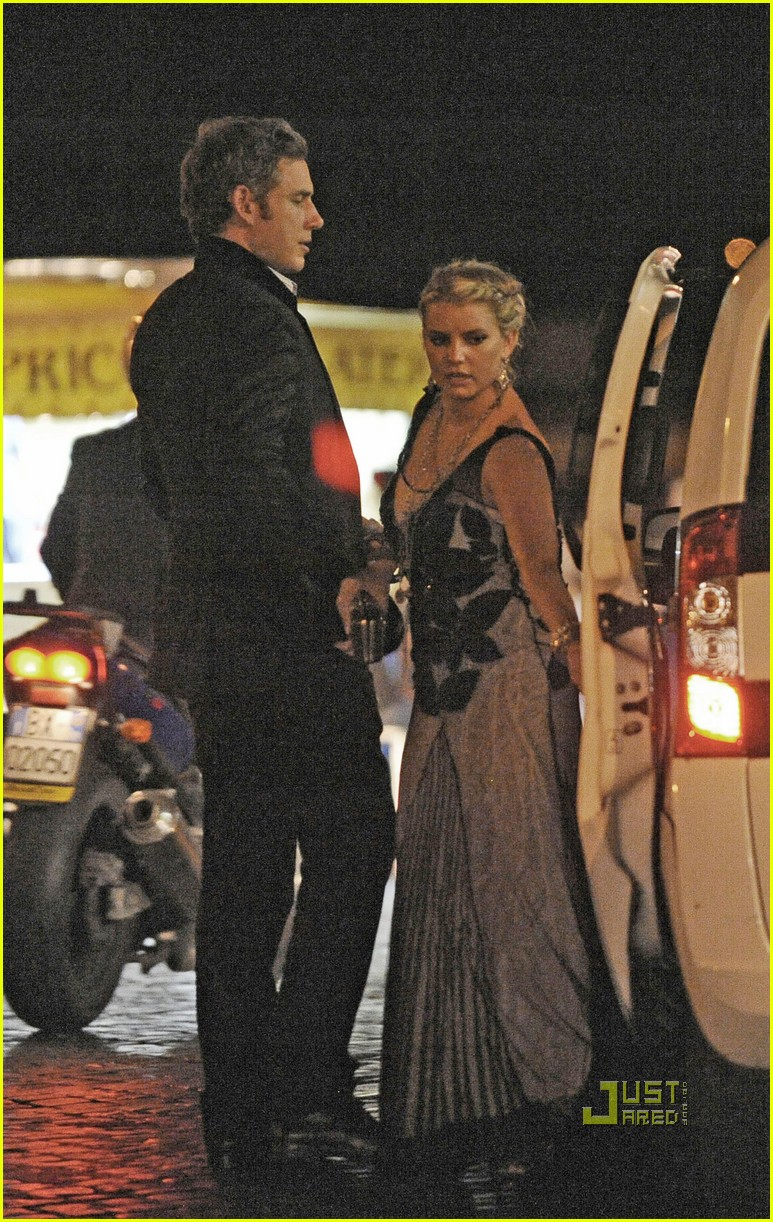 jessica simpson eric johnson roman holiday 04