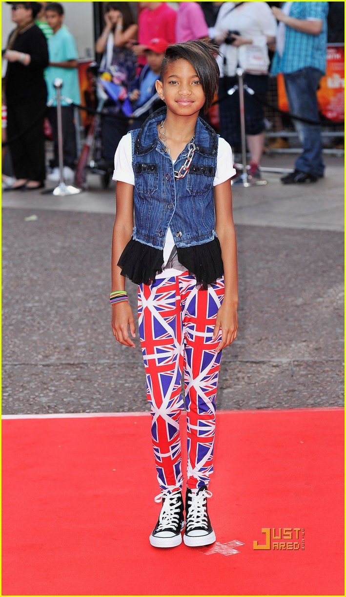 willow smith union jack pants 05
