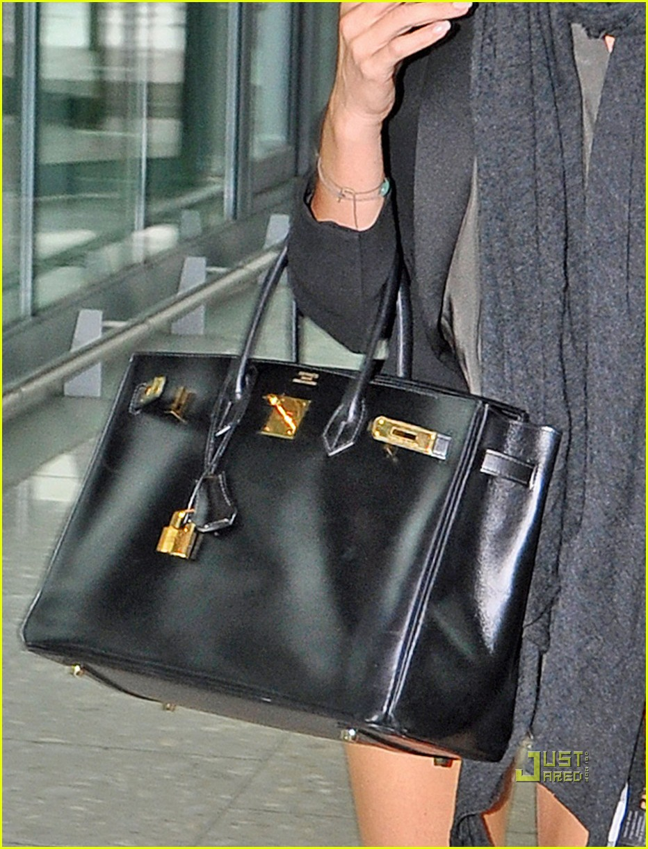 Victoria Beckham To Design Handbag Line: Photo 2471901 | Victoria ...