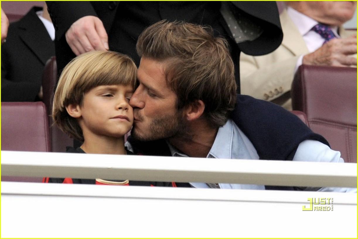 david beckham romeo kiss 082470858