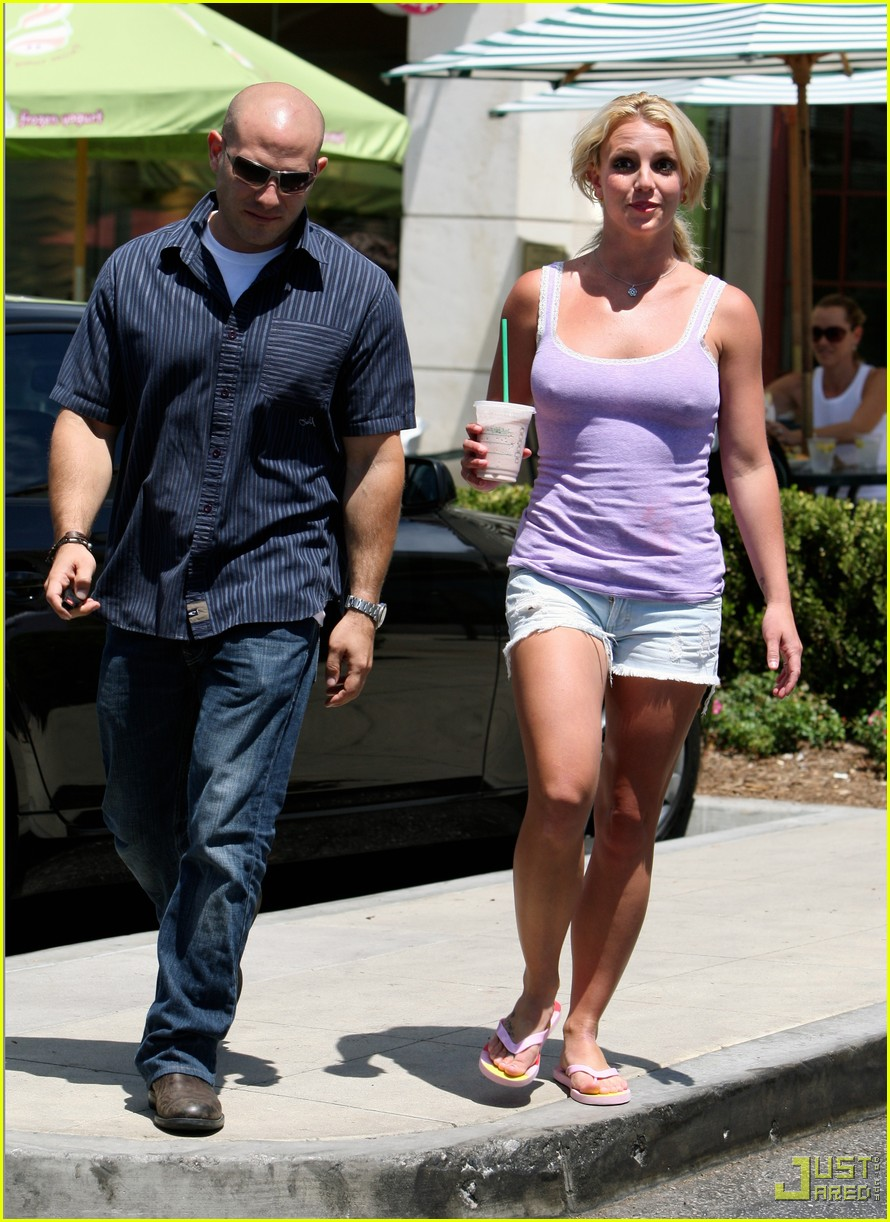 britney spears purple tank top starbucks 11