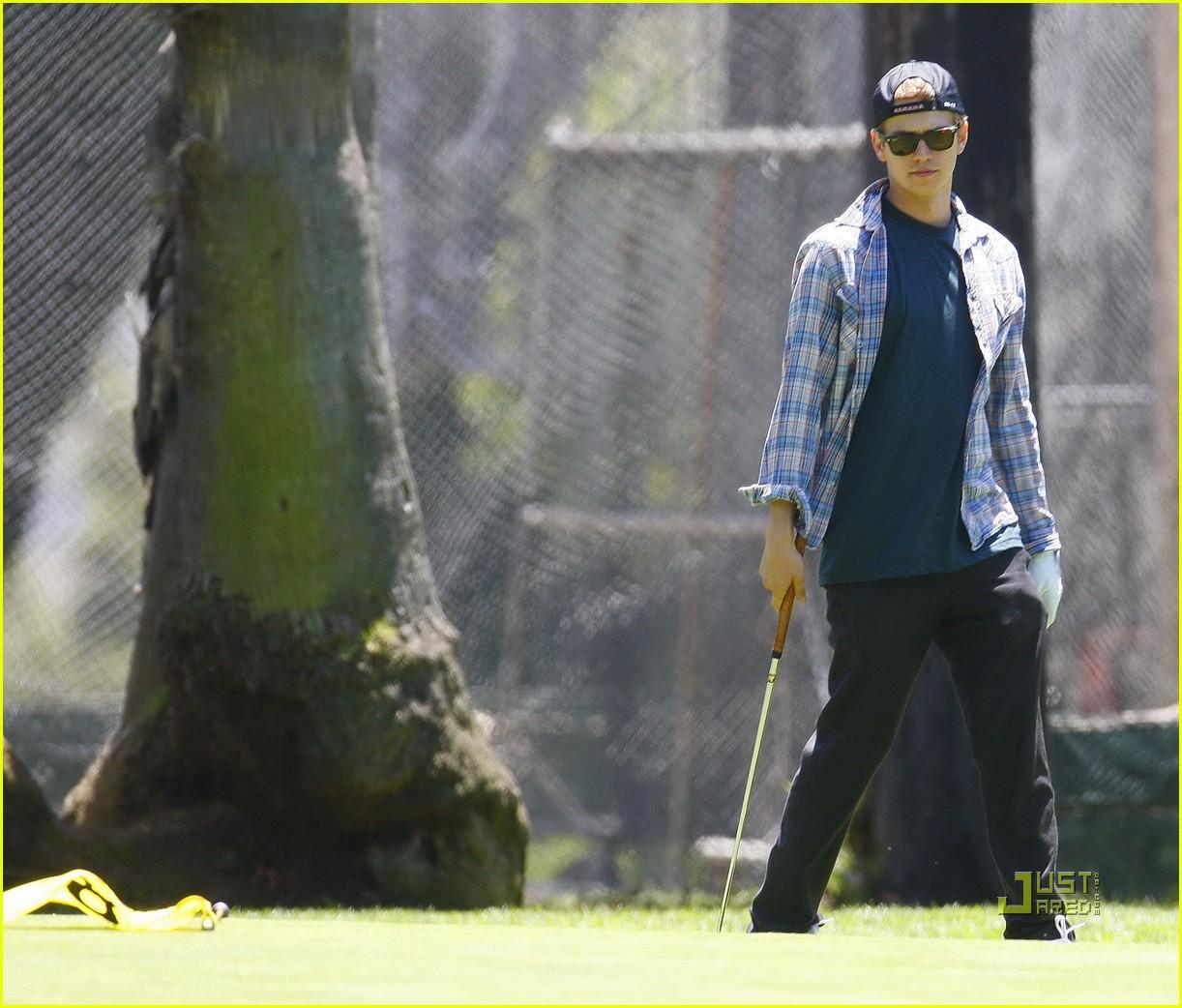 hayden christensen golfing 022471130
