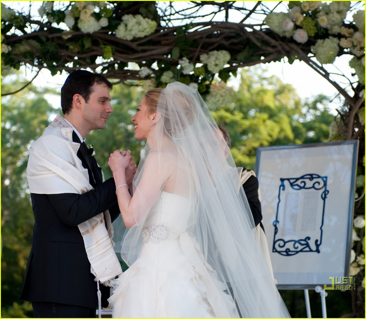 chelsea clinton marries marc mezvinsky 052470582