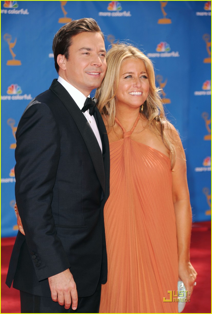 jimmy fallon 2010 emmys red carpet 052476056