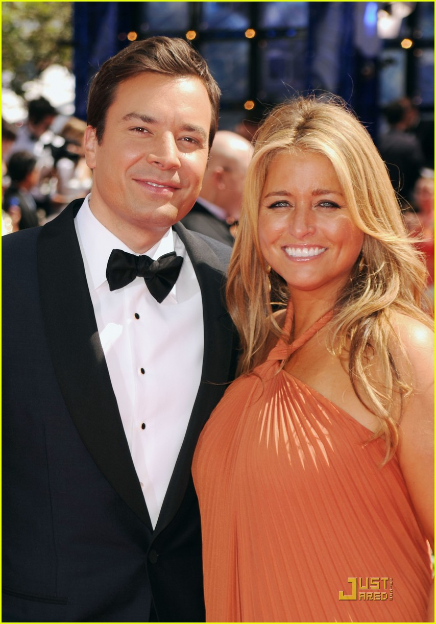 jimmy fallon 2010 emmys red carpet 10