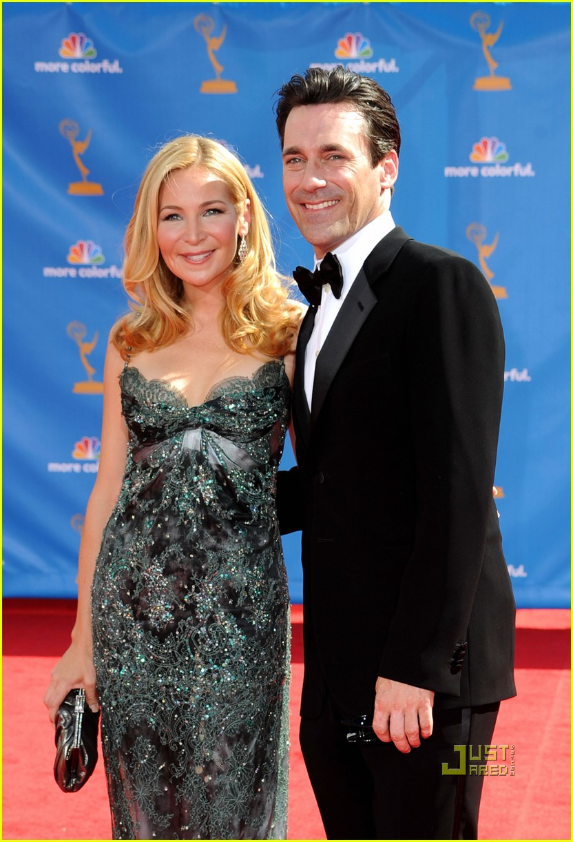 jon hamm jennifer westfeldt emmys 2010 red carpet 052476143