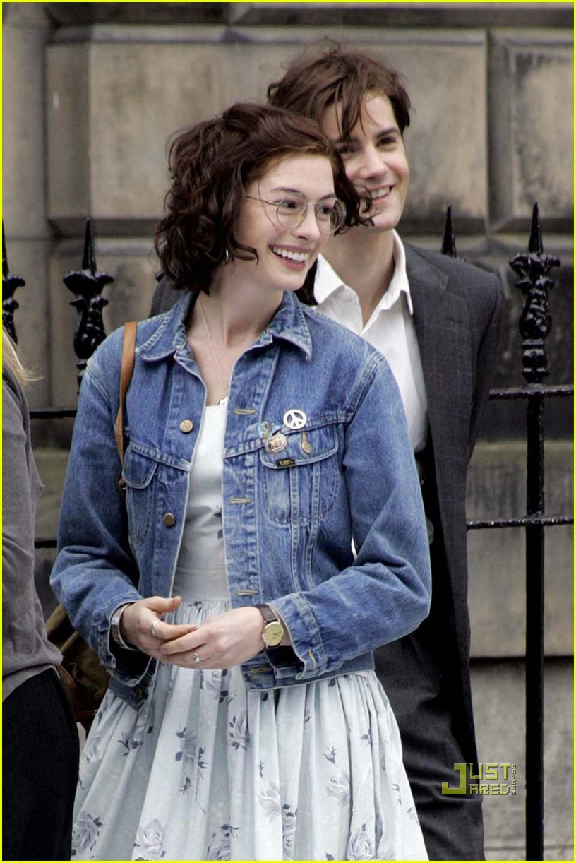 anne hathaway jim sturgess one day 09
