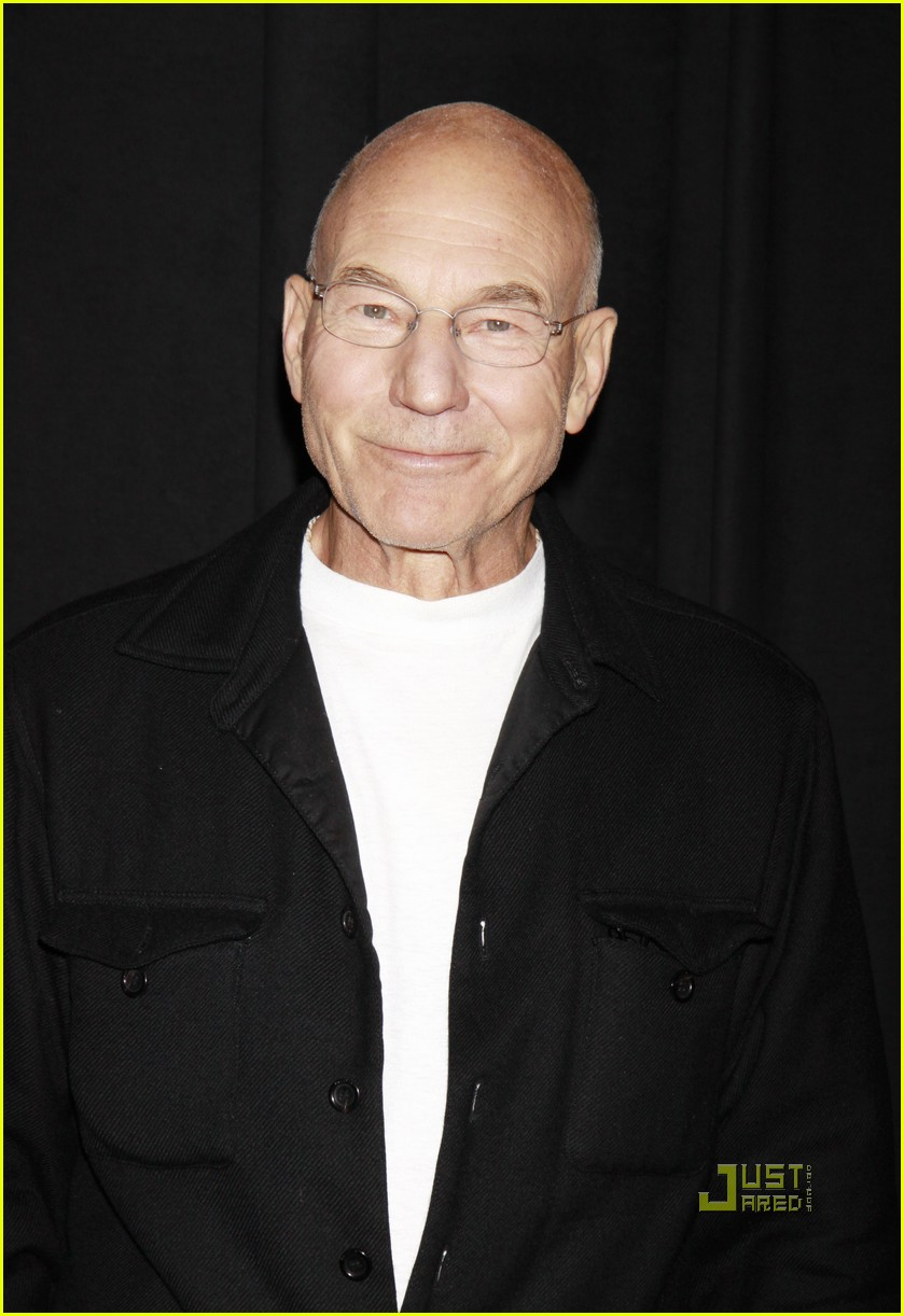 tr knight patrick stewart a life in the theatre 052475443