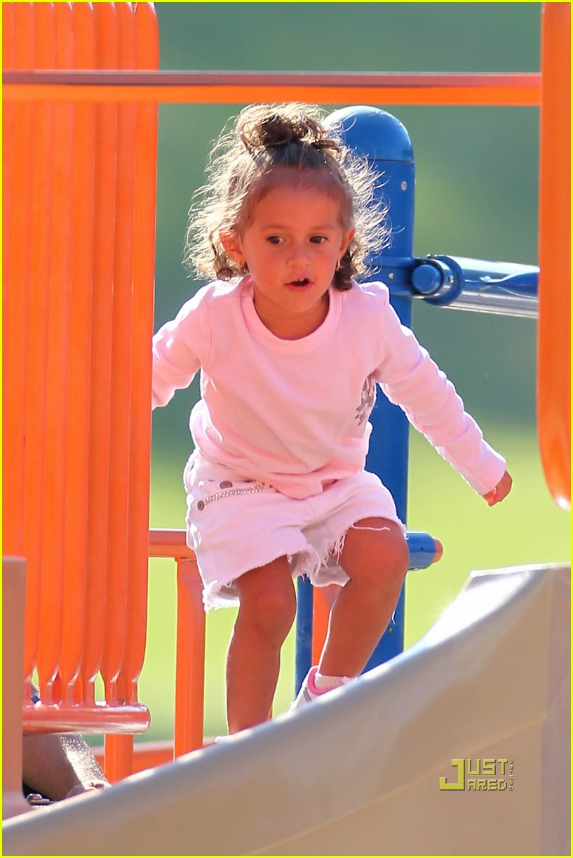 jennifer lopez swinging and sliding with family 012472505