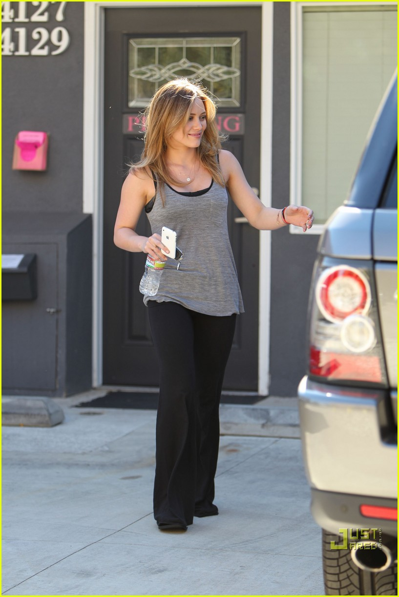 hilary duff pilates pretty 042474215
