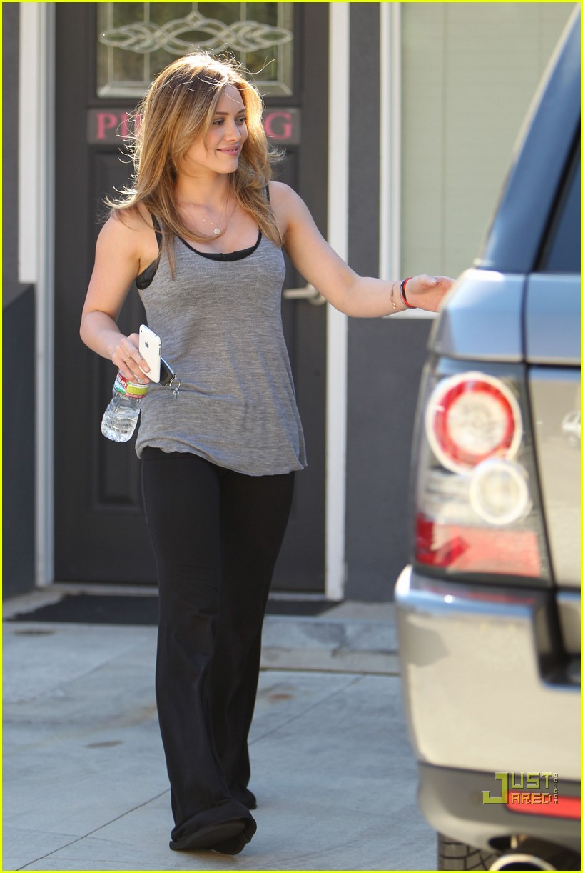 hilary duff pilates pretty 112474222