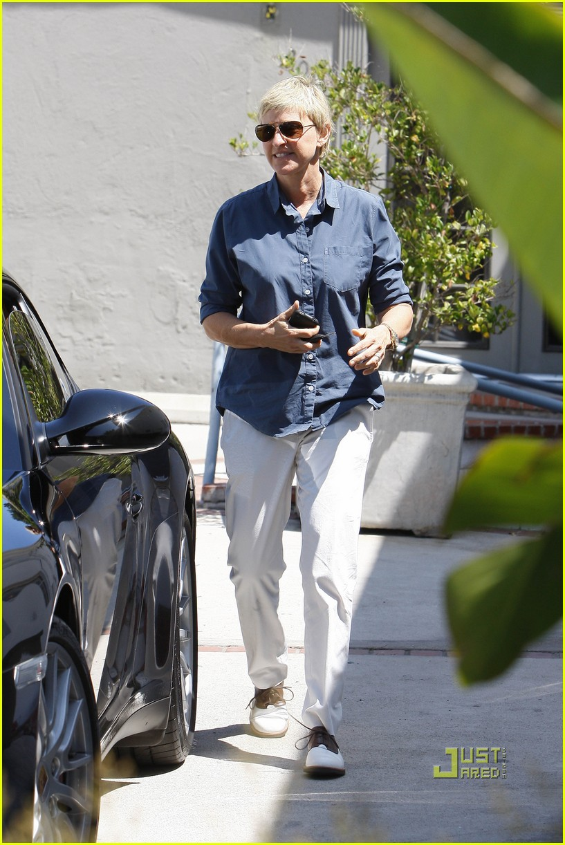 ellen degeneres portia de rossi art galleries hollywood 042476008