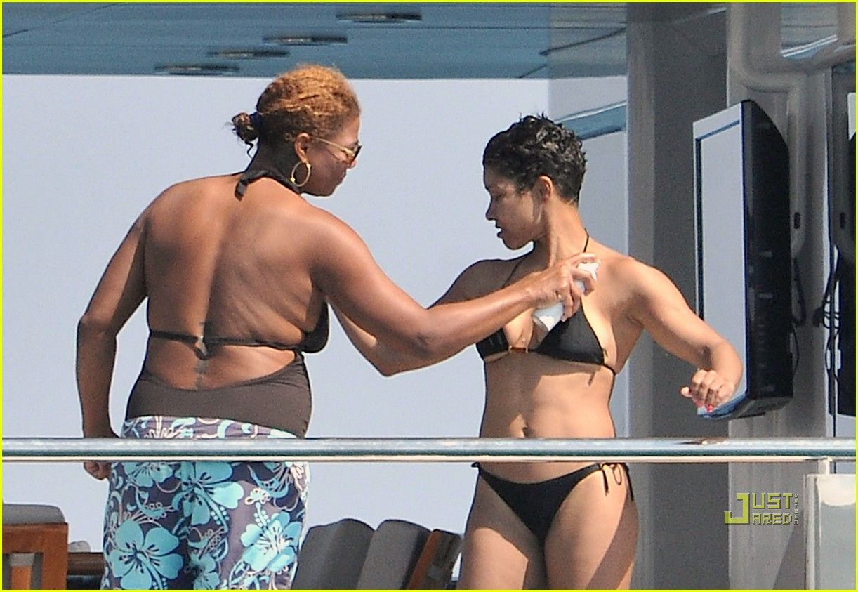Queen Latifah & Jeanette Jenkins: PDA Pair: Photo 2471791 ...