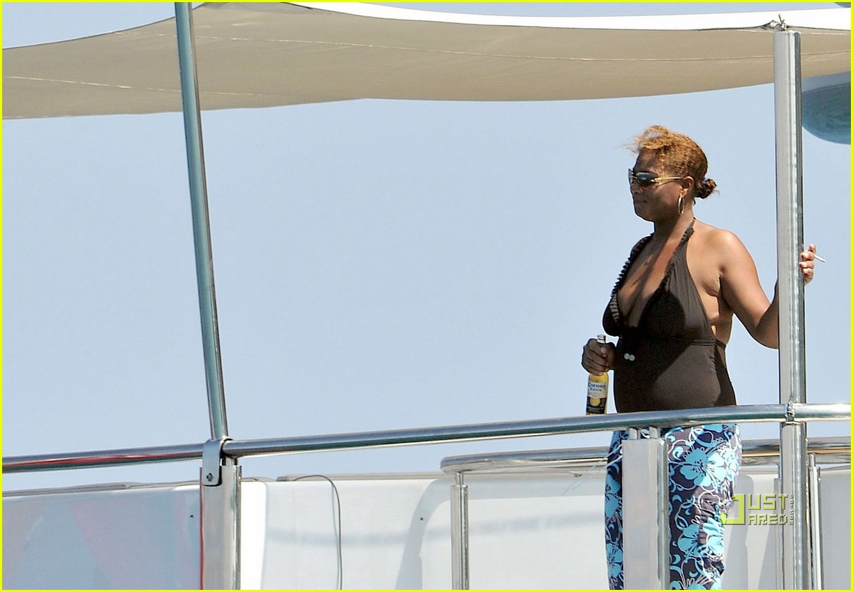 Queen Latifah & Jeanette Jenkins: PDA Pair: Photo 2471794 ...