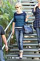 reese witherspoon furniture shopping 08