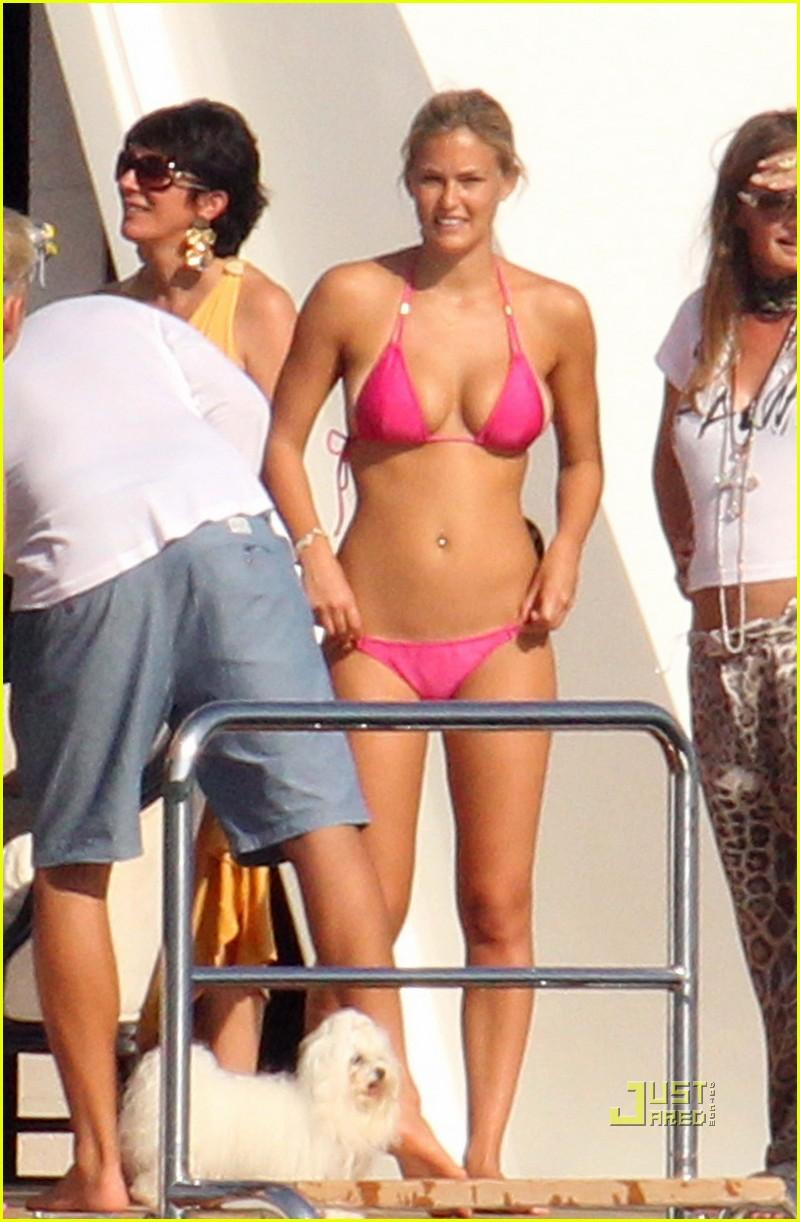 bar refaeli bikini italy 03