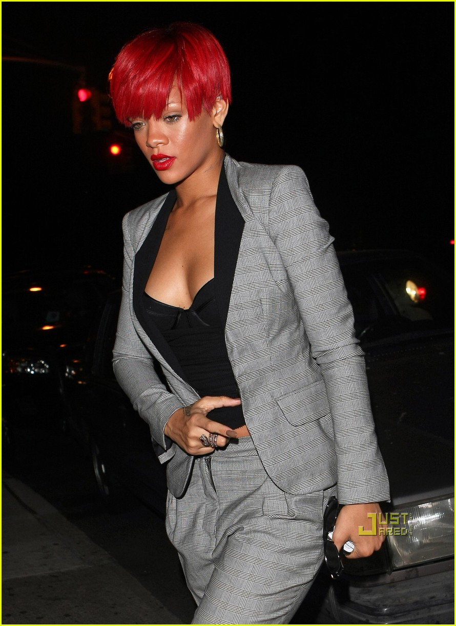 rihanna neck tattoo 13