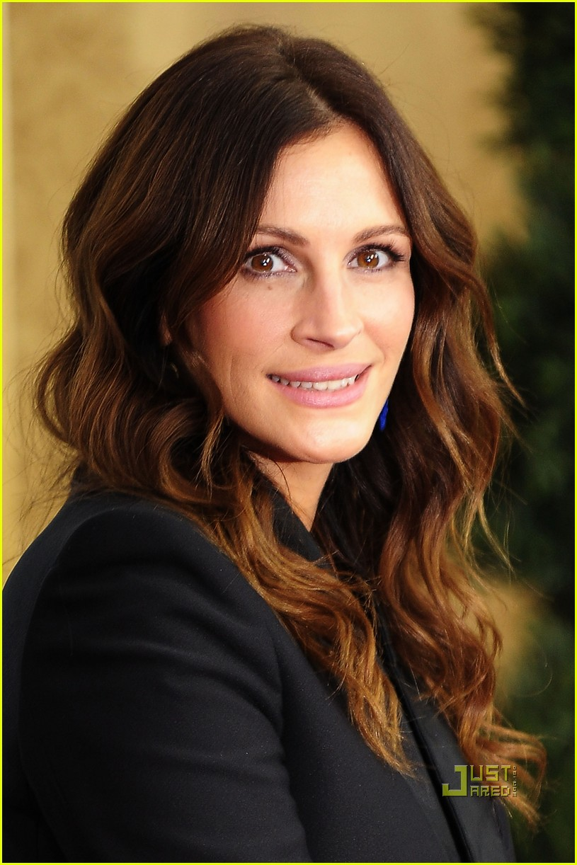 Pray love julia roberts