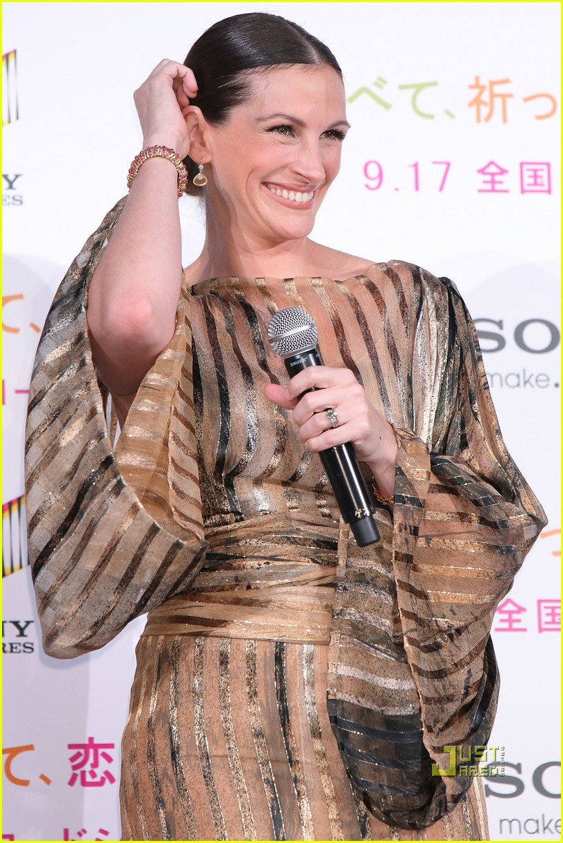 julia roberts kimono 072474107