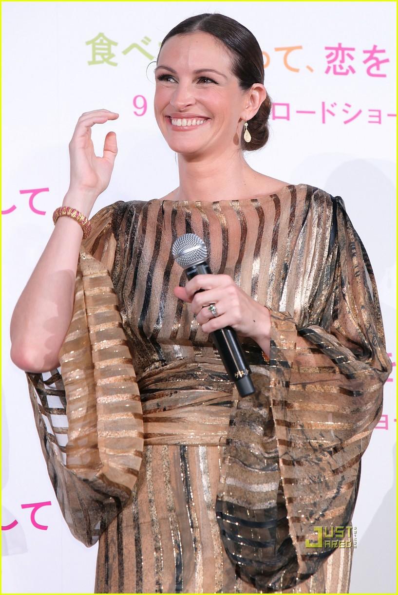 julia roberts kimono 092474109