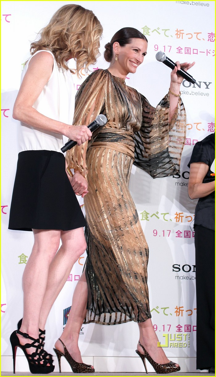 julia roberts kimono 102474110
