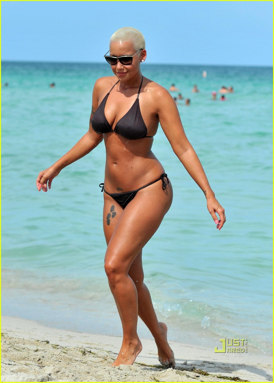 Bikini Amber Rose nude (35 pics), Topless