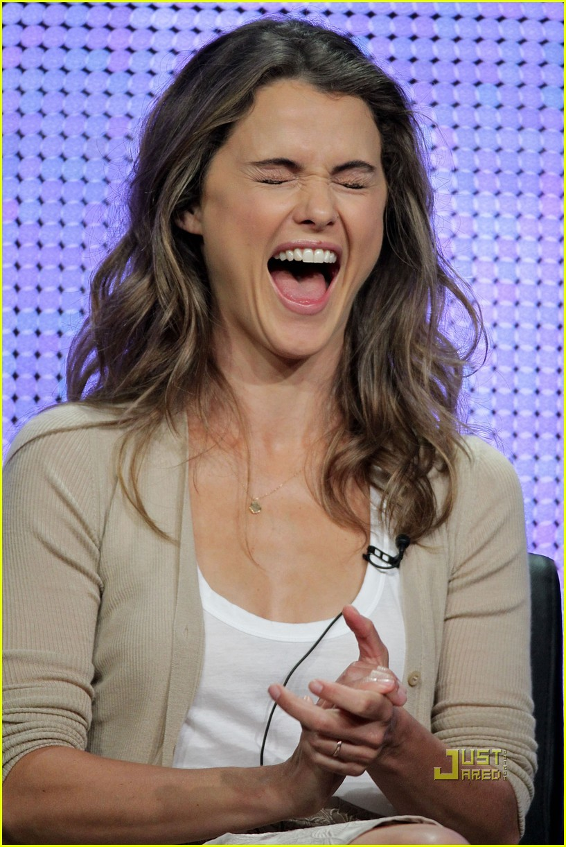 keri russell will arnett running wilde with happiness 01