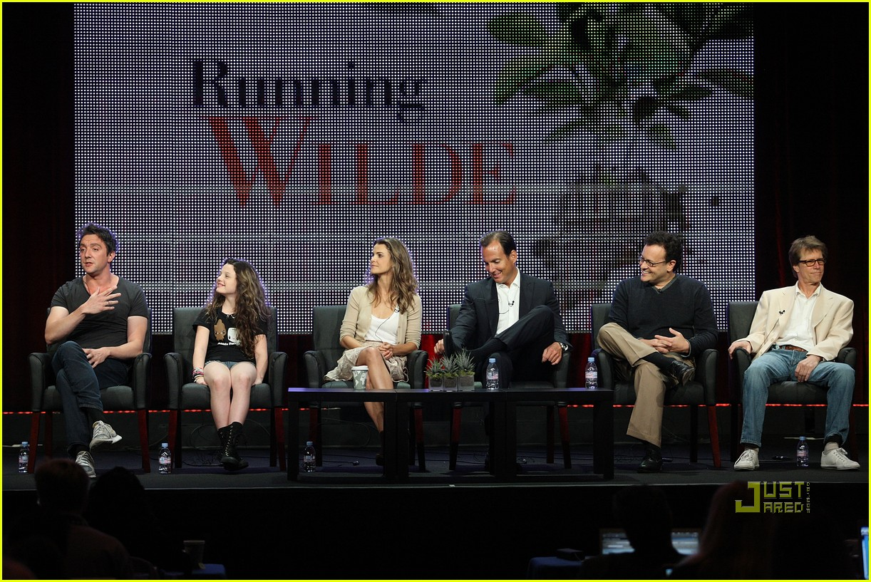 keri russell will arnett running wilde with happiness 072471124