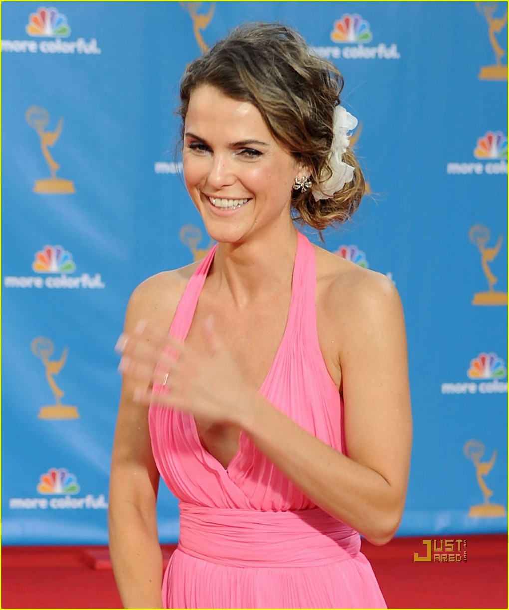 keri russell emmy awards 2010 042476346