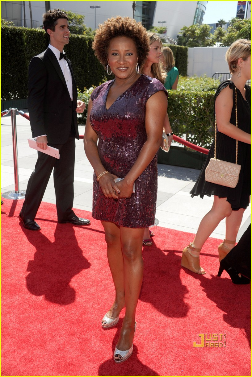 wanda sykes creative arts emmys with wife alex 032474925