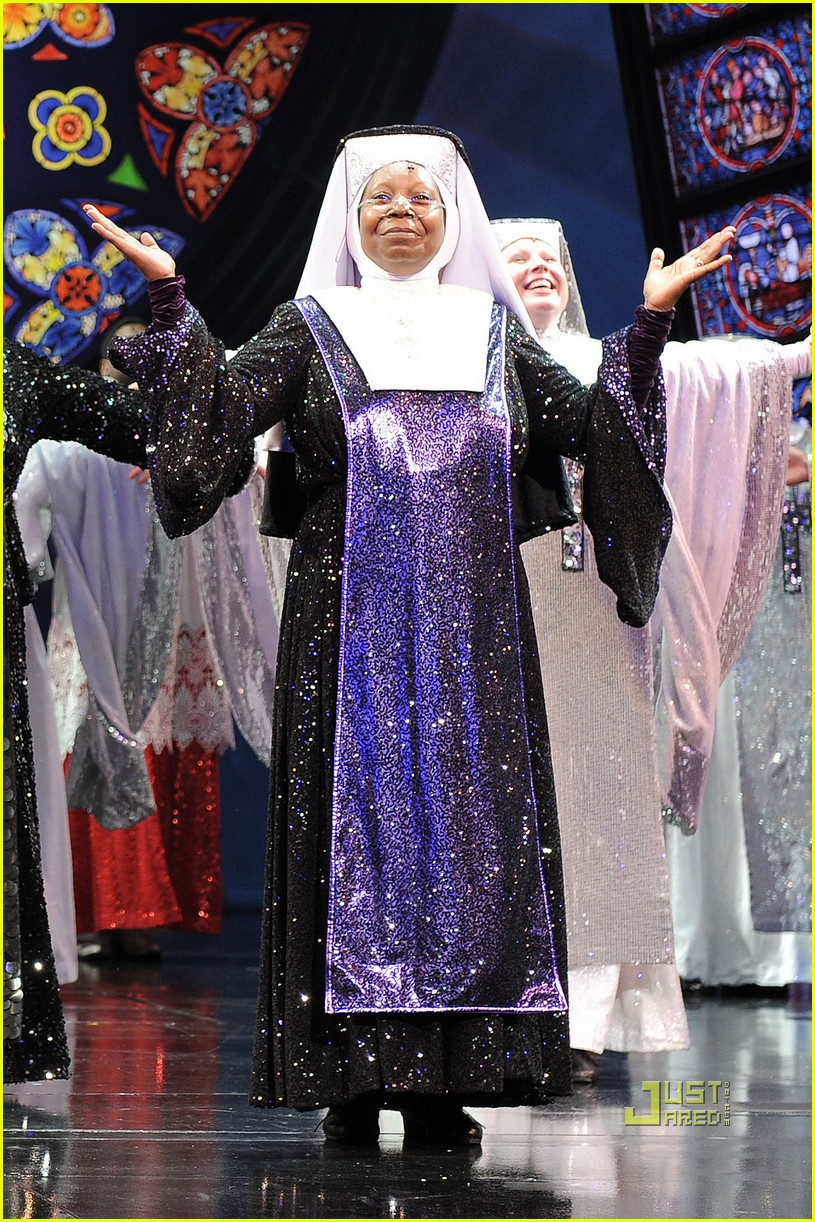 whoopi goldberg sister act west end 012473079