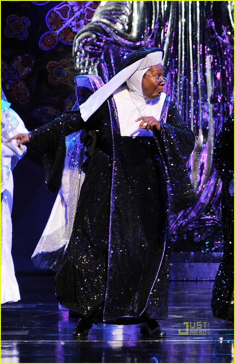 whoopi goldberg sister act west end 042473082