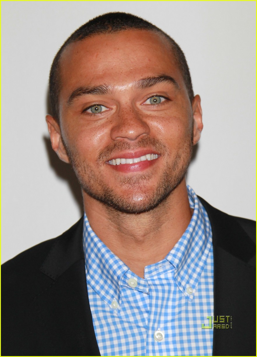 Jesse Williams Has His Abcs In Order At The Tcas Photo