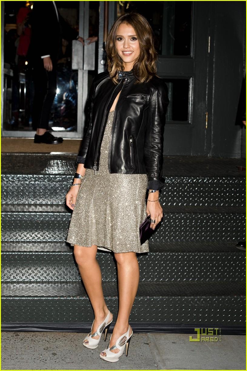jessica alba fashions night out 062479127