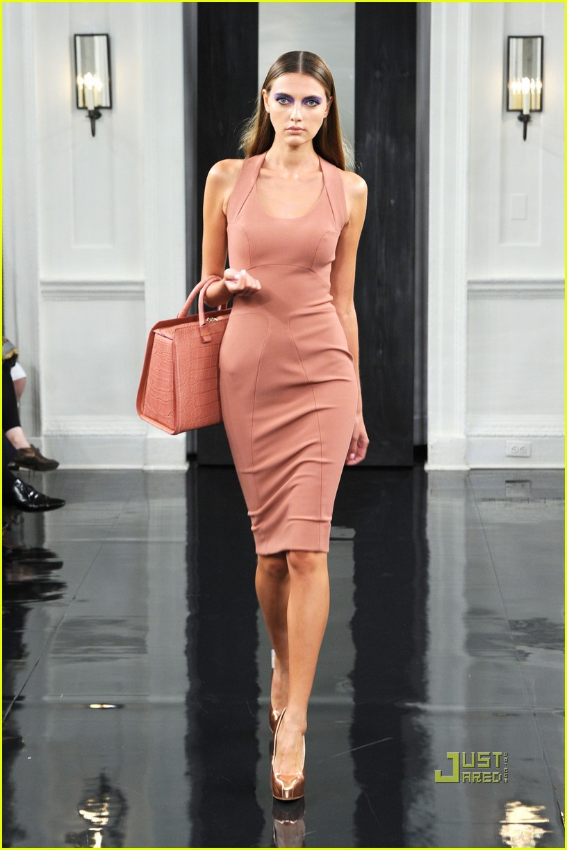 victoria beckham ny fashion week 062479393