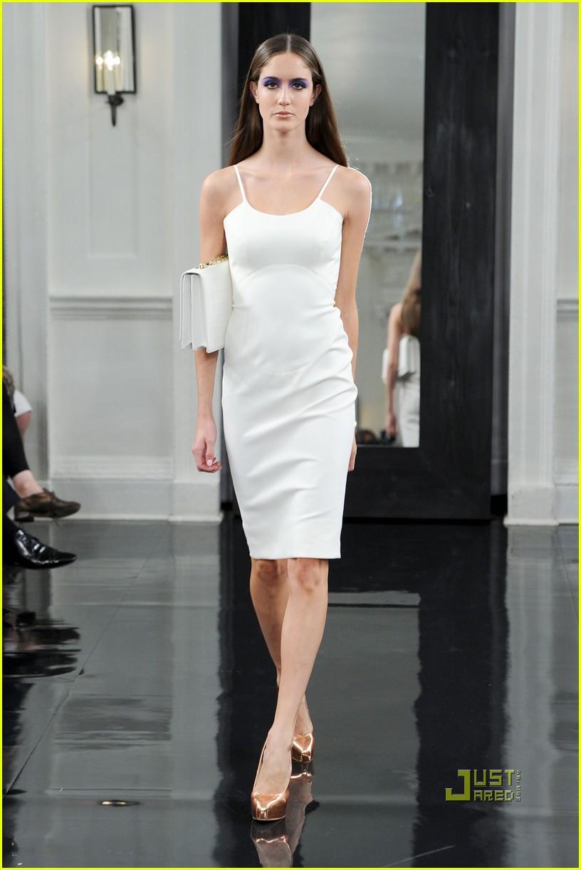 victoria beckham ny fashion week 262479413