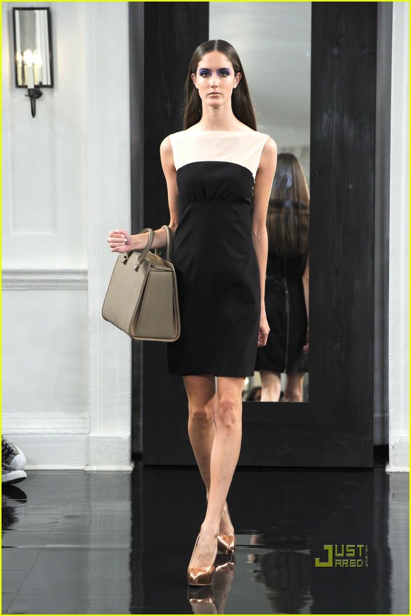 victoria beckham ny fashion week 272479414