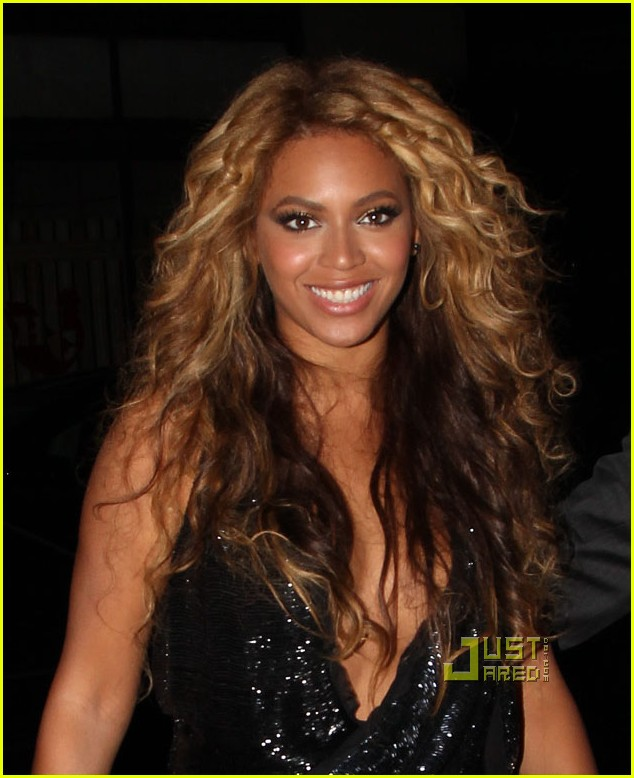 beyonce jay z forever young yankees stadium 052480299