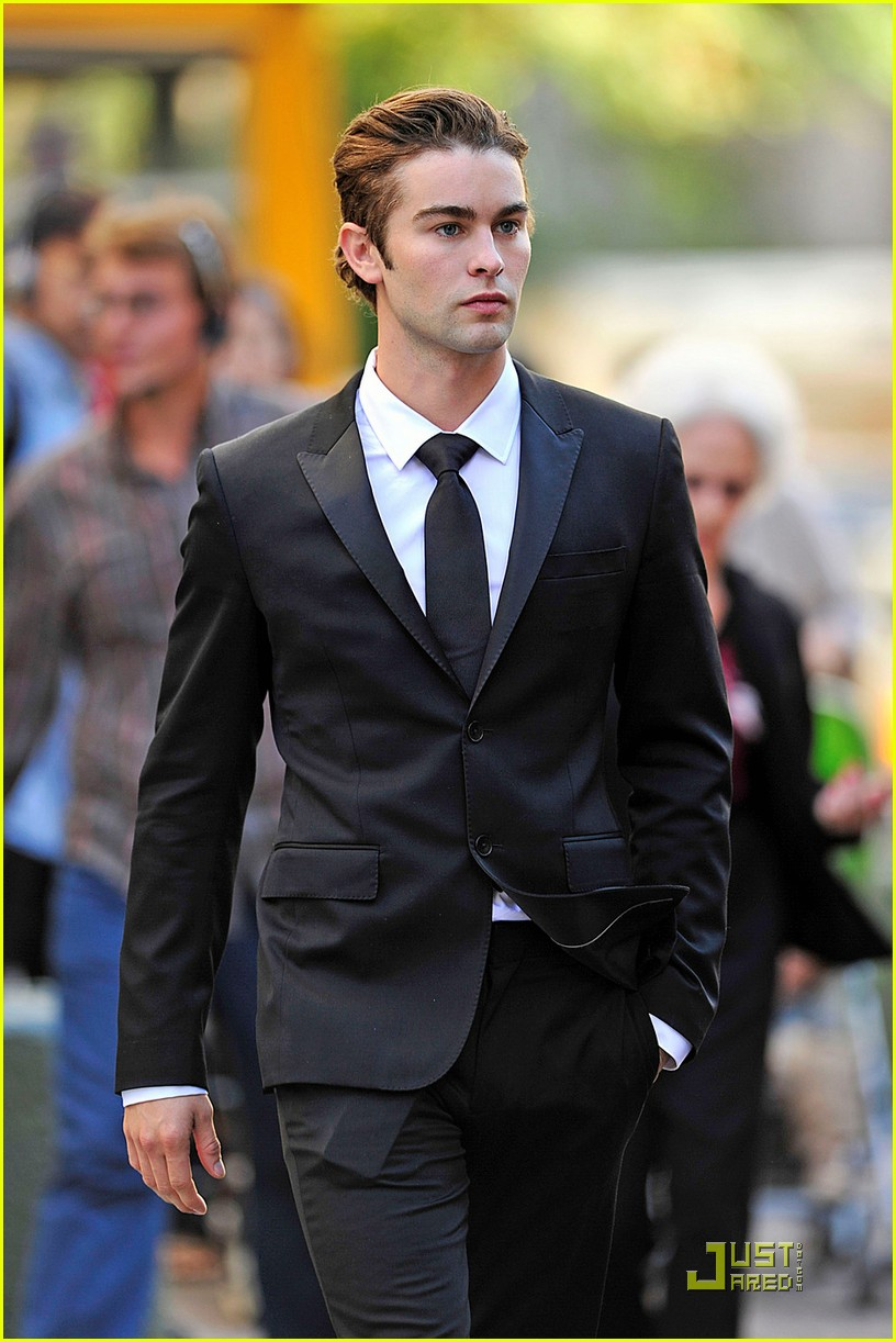 chace crawford penn badgley sport suits 04