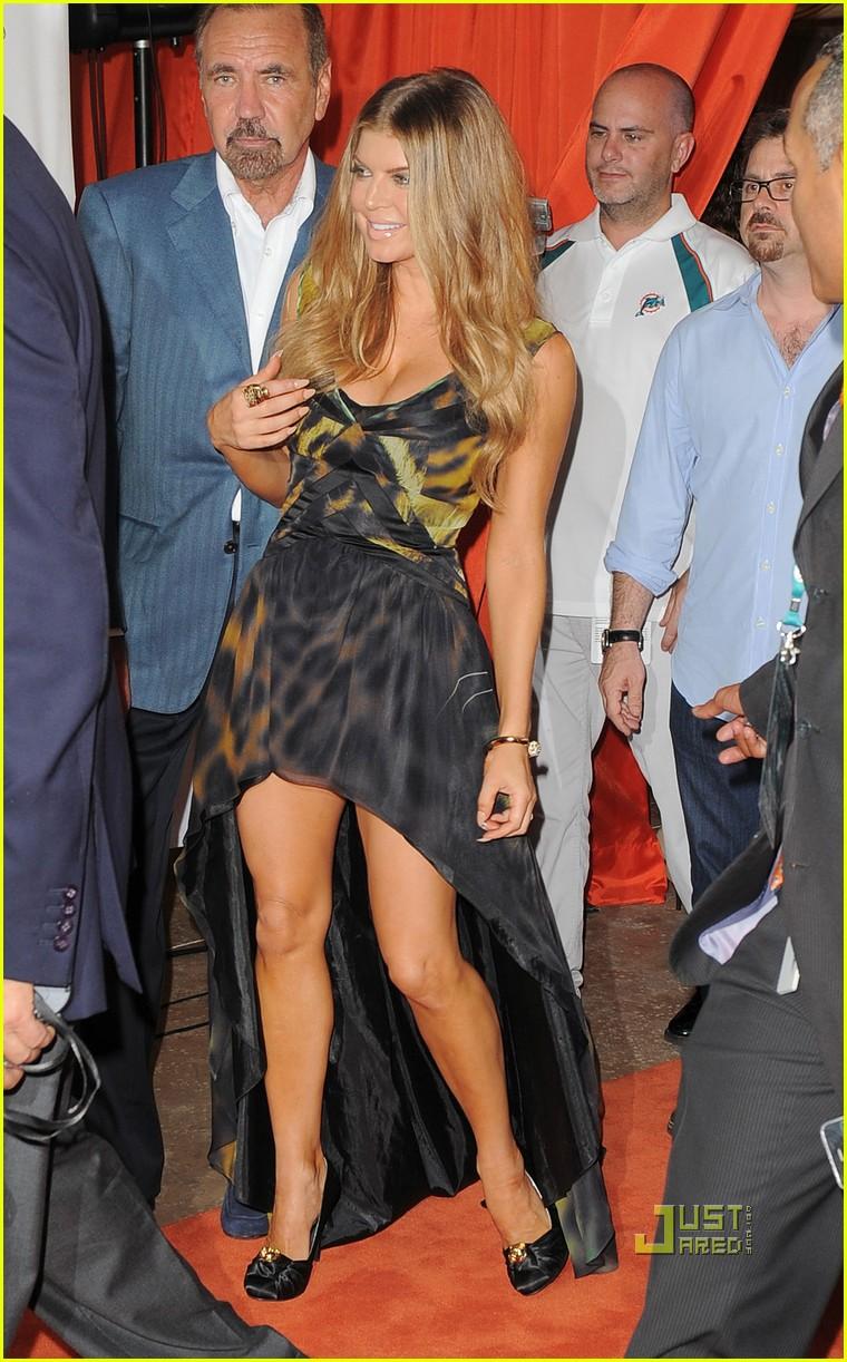 Full Sized Photo of fergie kim kardashian jennifer lopez ... Fergie