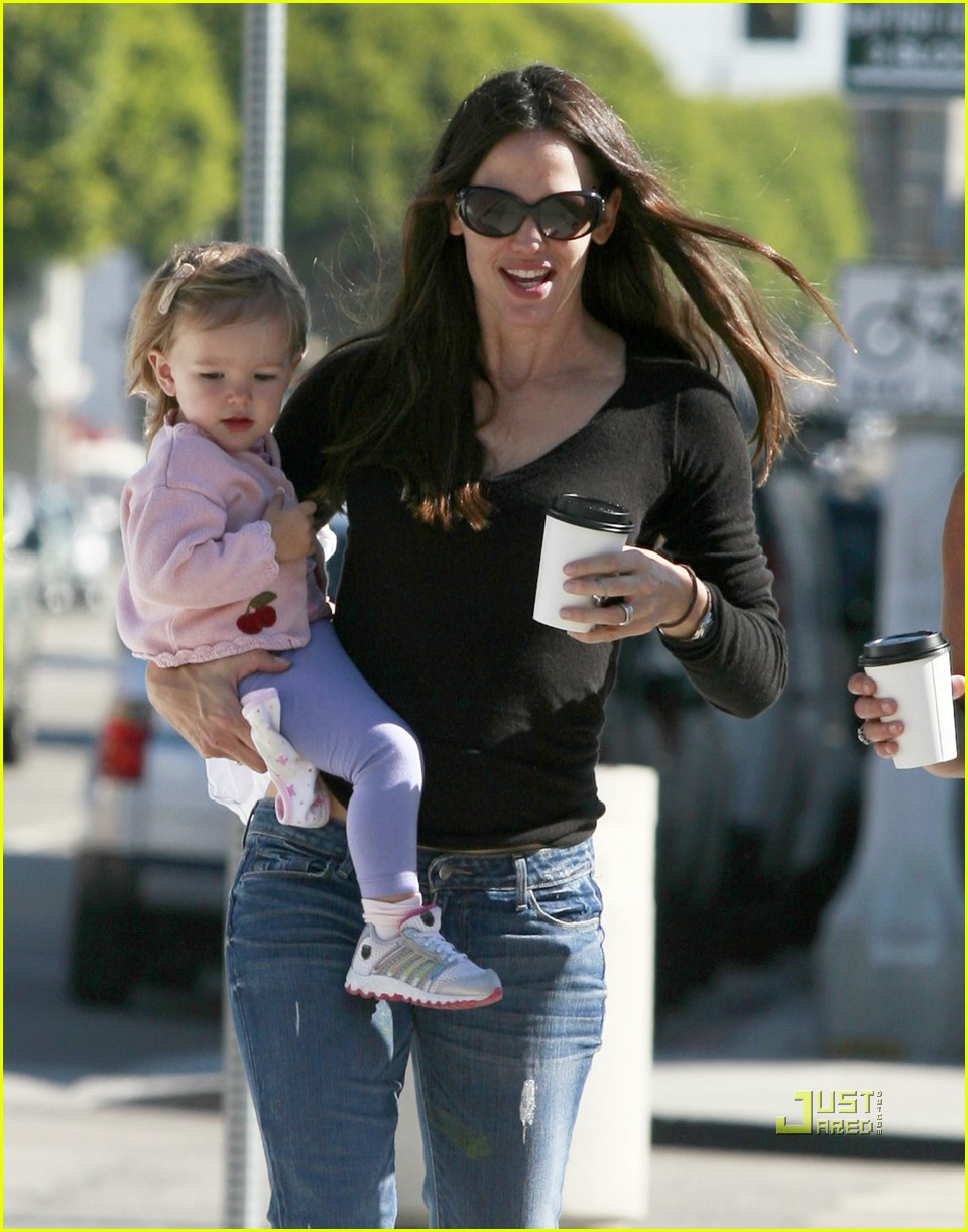jennifer garner seraphina coffee 02