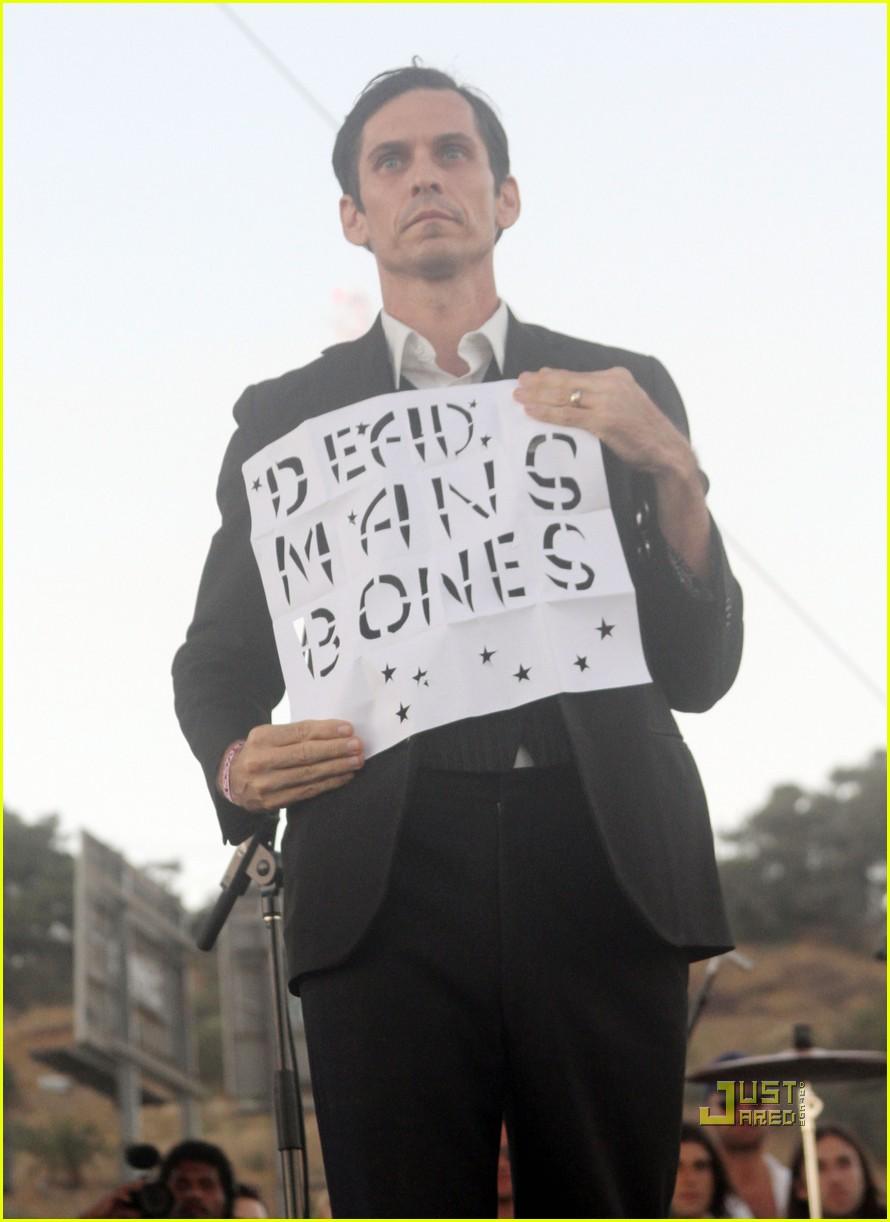 ryan gosling rachel bilson dead mans bones 042477766