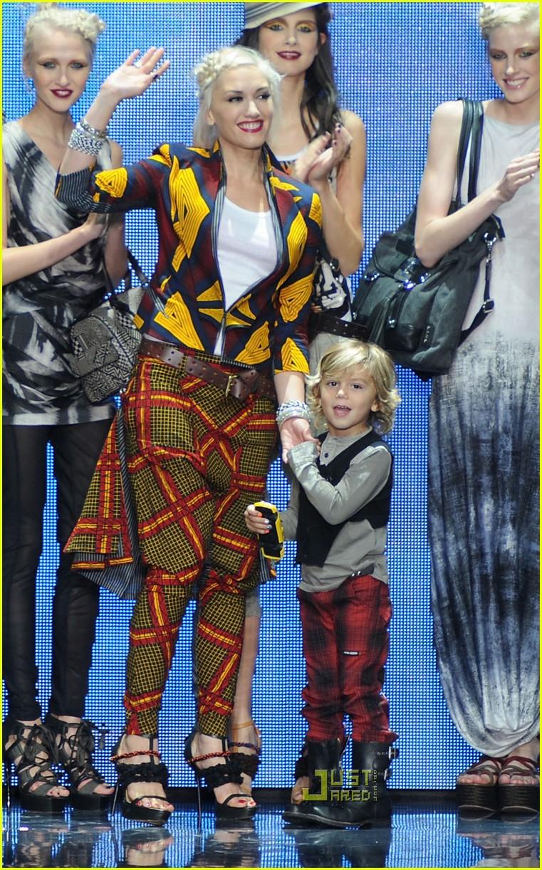 gwen stefani lamb fashion week 222481004