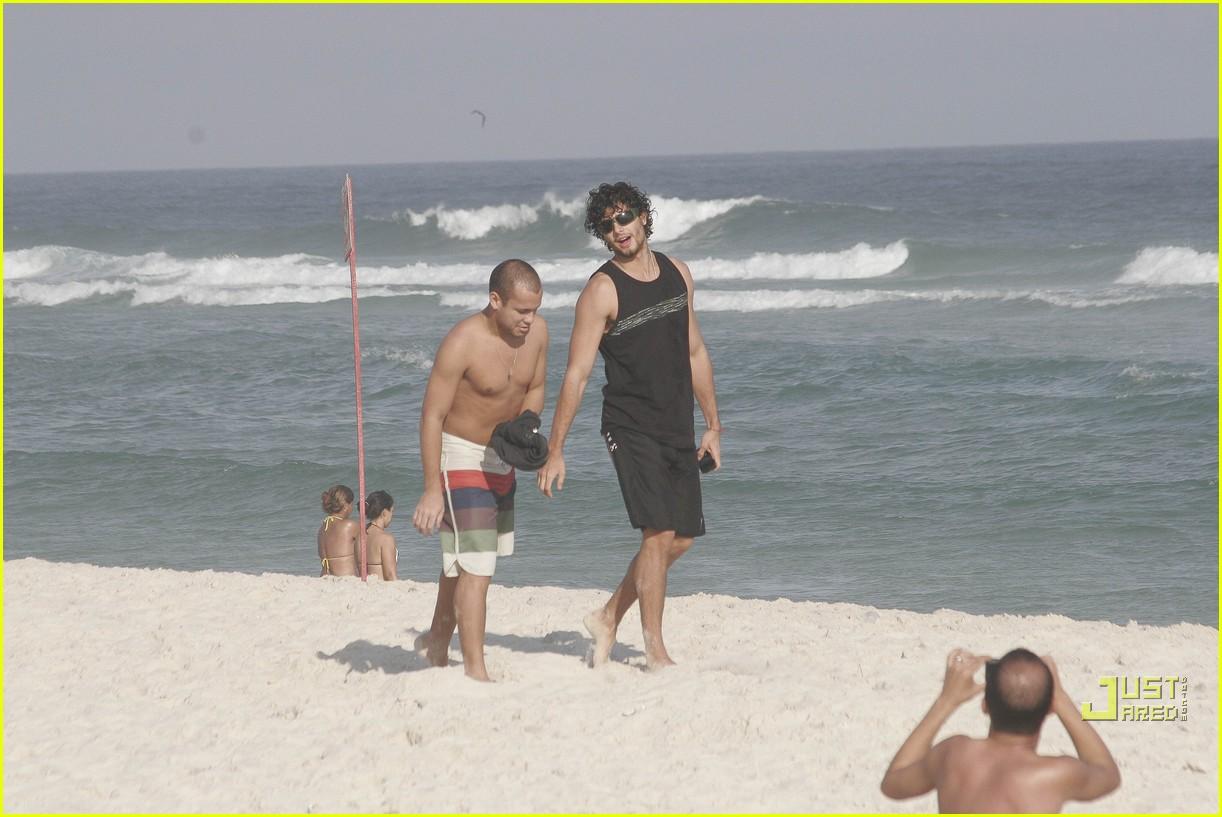 jesus luz babes beach 01