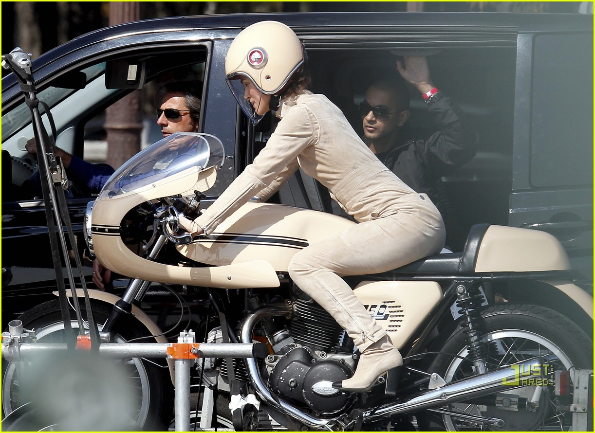 keira knightley motorcycle chanel motorcycle 14
