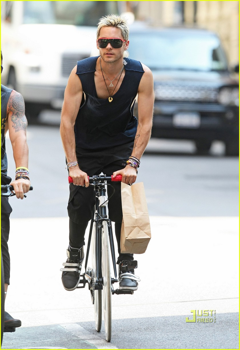 jared leto bicycle boy in soho 05