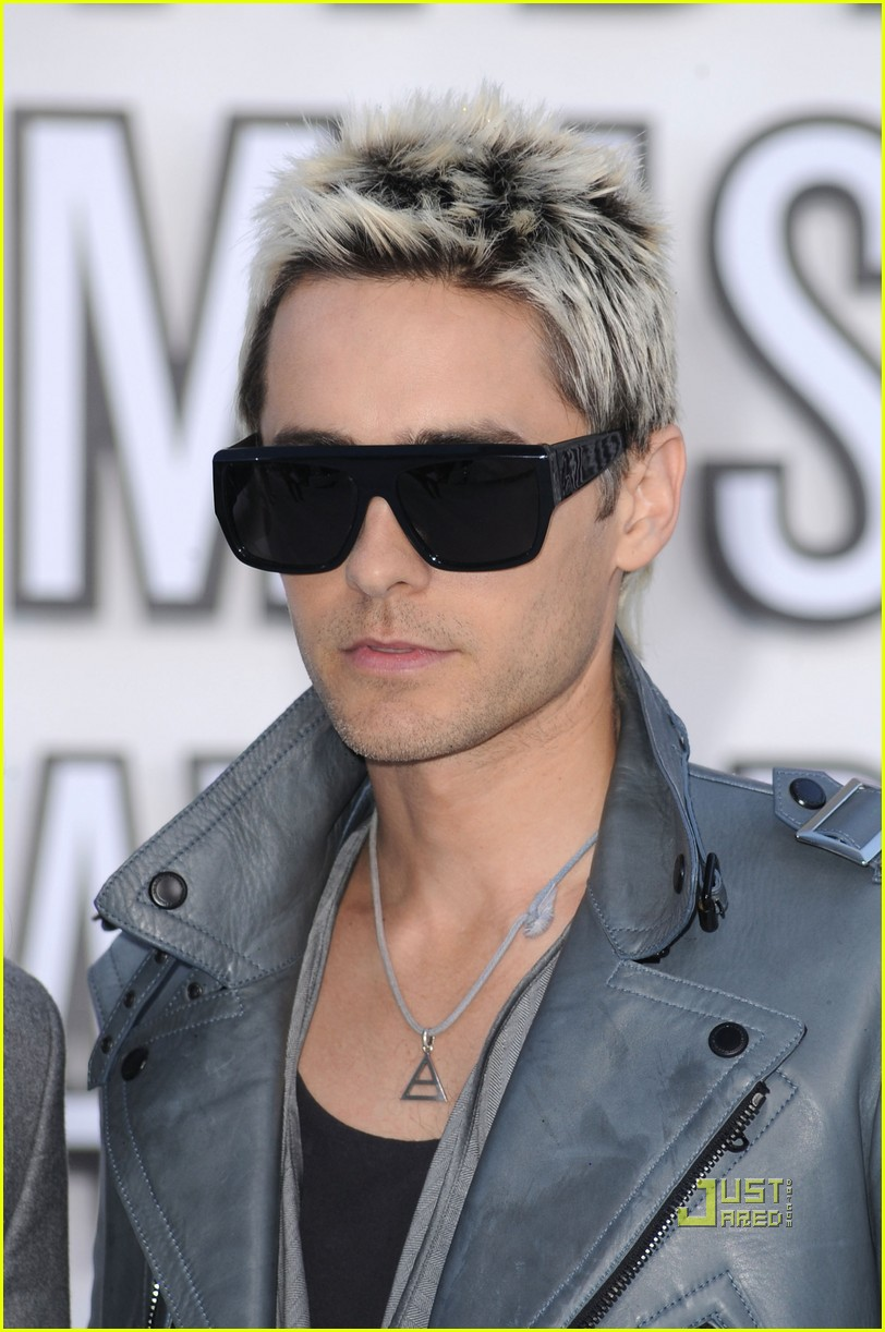 jared leto vmas red carpet 2010 032479600
