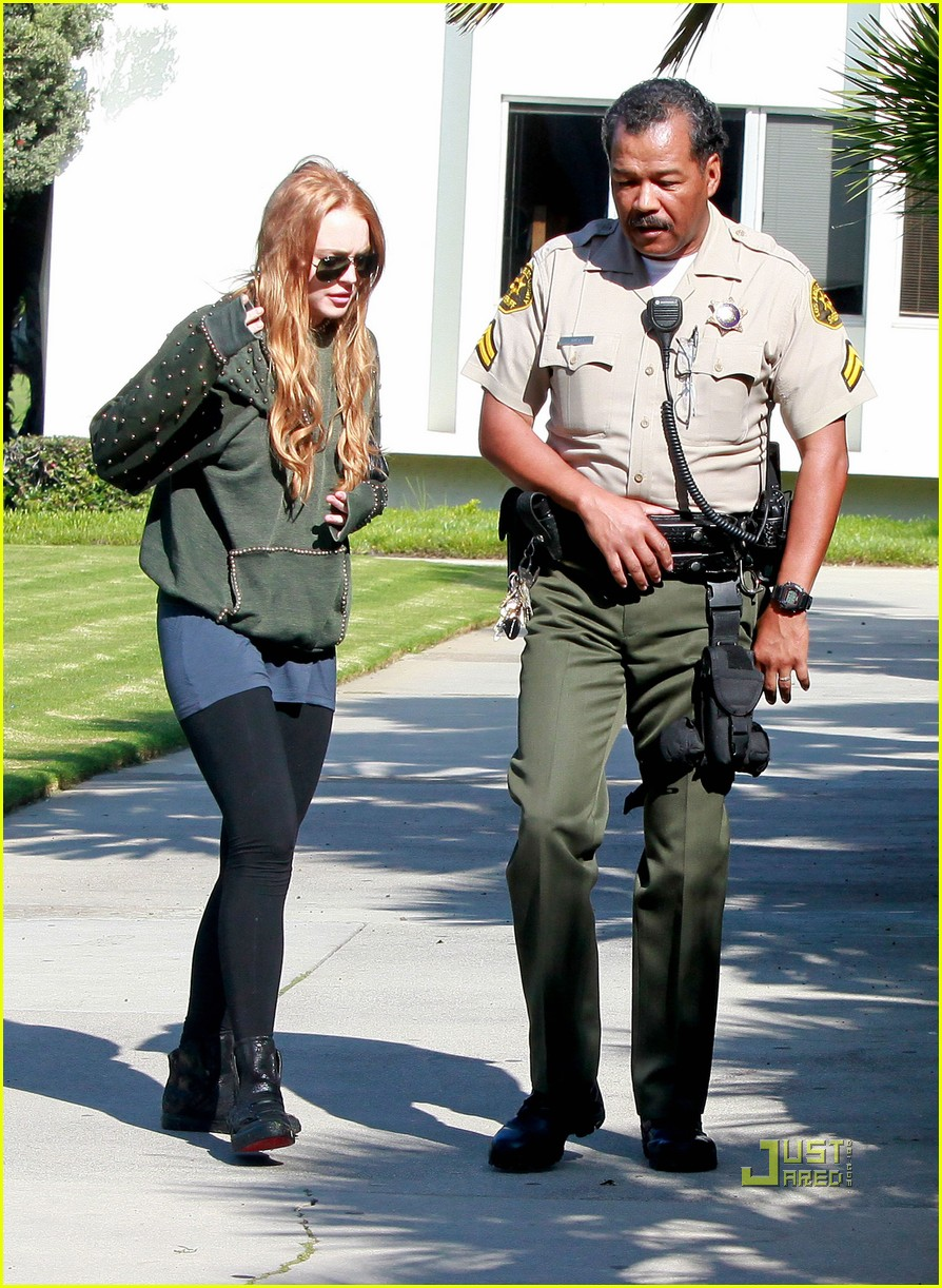 lindsay lohan courthouse santa monica red hair 03